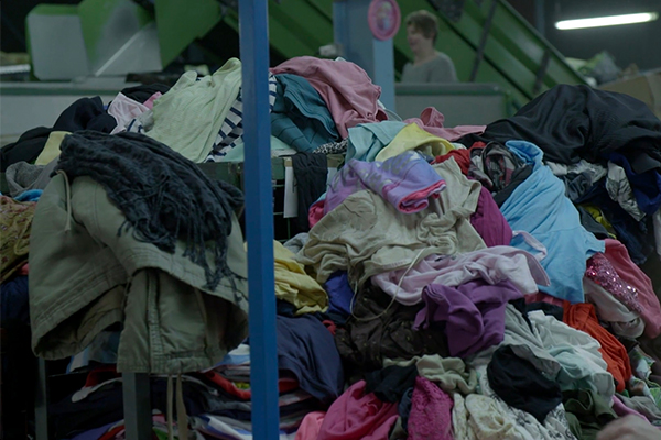FAST FASHION: The Real Price of Low-Cost Fashion